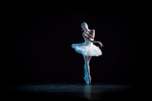 ballet_nacional_argentina_LA-MUERTE-DEL-CISNE